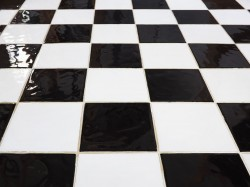 Leave tile cleaning and grout cleaning to the professionals at Carpet Solutions